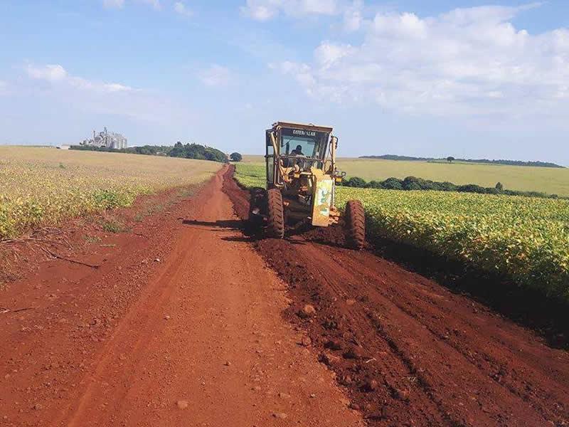 CASCALHAMENTO de 6,9 quilômetros da Estrada do Balsamo que liga a Seção Cabiúna